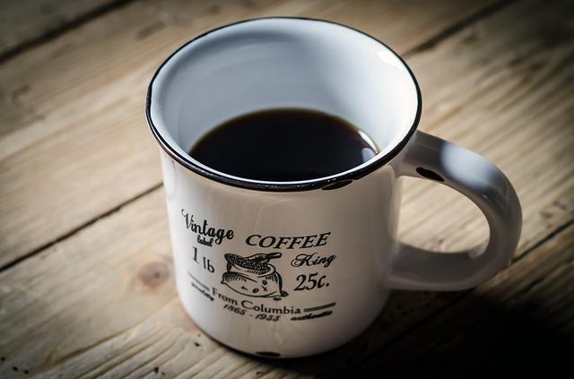 café requentado faz mal